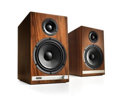 Audioengine HD6 (Walnut)